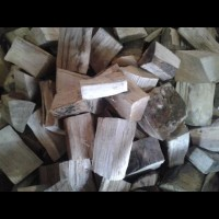 Bits and Bobs of Kiln Dried, Barn Stored and Seasoned Logs